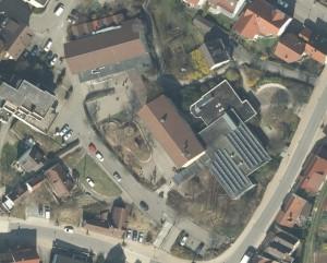 Ein Ausschnitt aus einem Luftbild mit 10 cm Auflösung – im Bild ist das Areal der Kelterschule in Neckarrems sichtbar.
