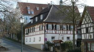 Fachwerkgebäude am Wilhelmsplatz im Ortsteil Hochdorf