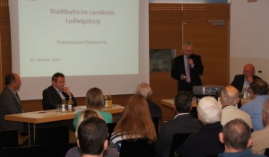 Auf dem Podium: Matthias Knisel, Ronald Bäuerle, Karl-Heinz Balzer und Gerhard Waldbauer (v. links)