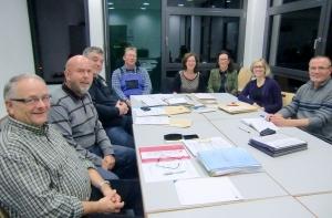Interessanter Meinungsaustausch der Freie Wähler-Fraktion mit Frau Vonier-Hoffkamp und Frau Schätzle-Meier vom AK Asyl (4. und 3. von rechts)