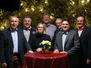 Die Gemeinderatsfraktion der Freien Wähler: Peter Großmann, Rainer Plessing, Jürgen Geiger, Jens Kadenbach, Isabel Eisterhues, Peter Bürkle, Gerhard Waldbauer, (von rechts).