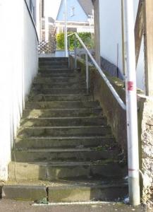 Eine Investition in diese Treppenanlage halten wir für verzichtbar